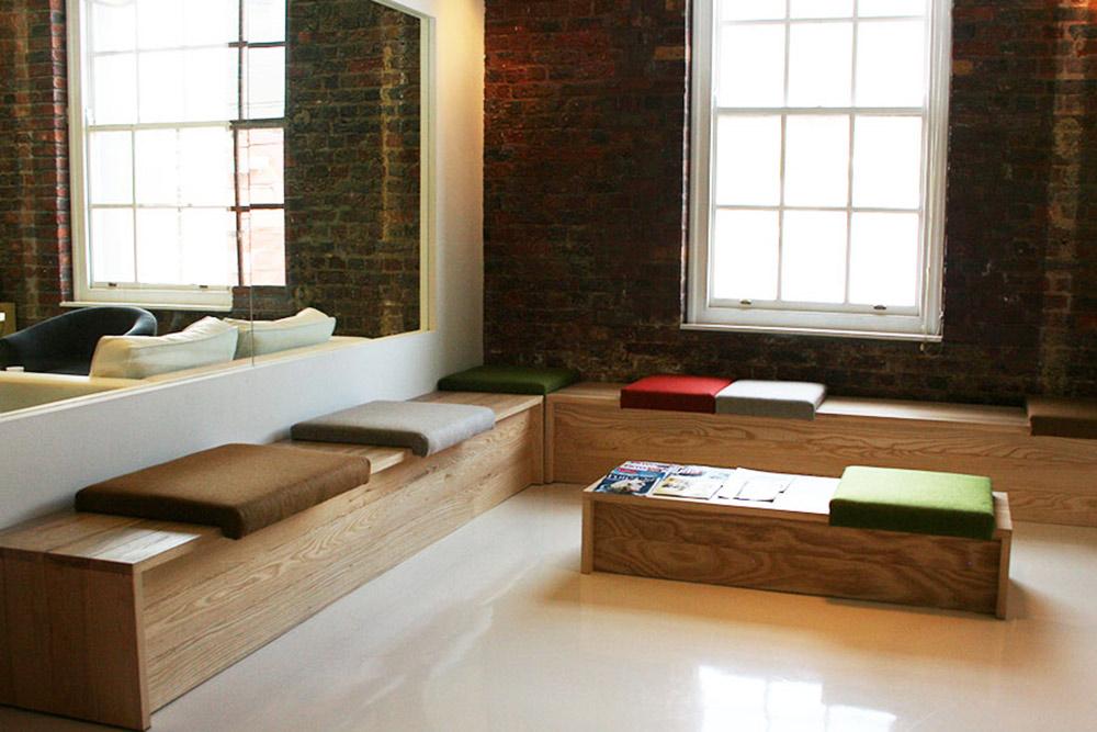minimalist reception seating